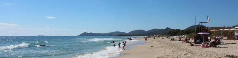 Ferienhäuser direkt am weissen Sandstrand
